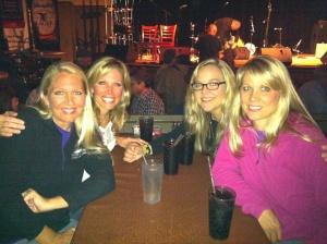 4 blondes.